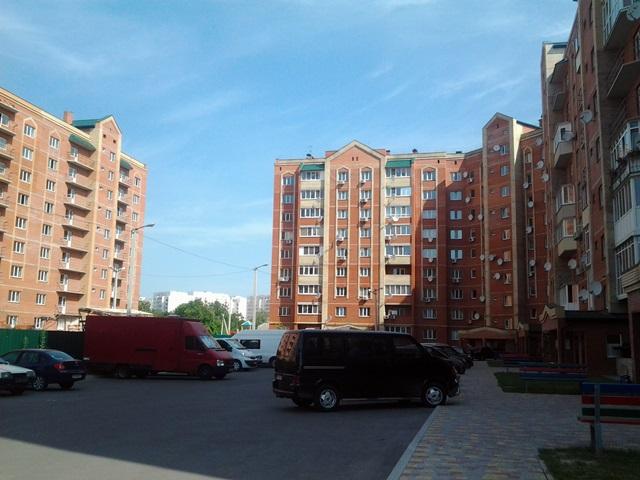 ЖК Левада парковка