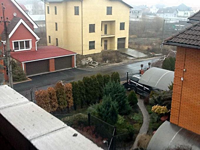 ЖК «Спутник-Гатное» соседи