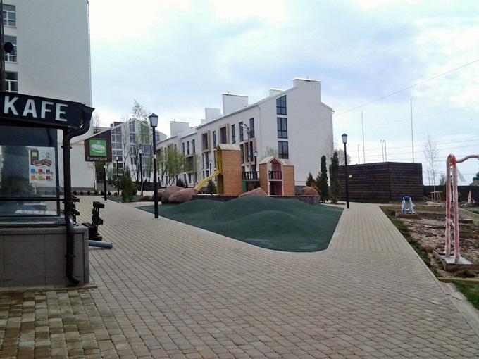 ЖК «Белый Шоколад. Center» в Белогородке двор 2