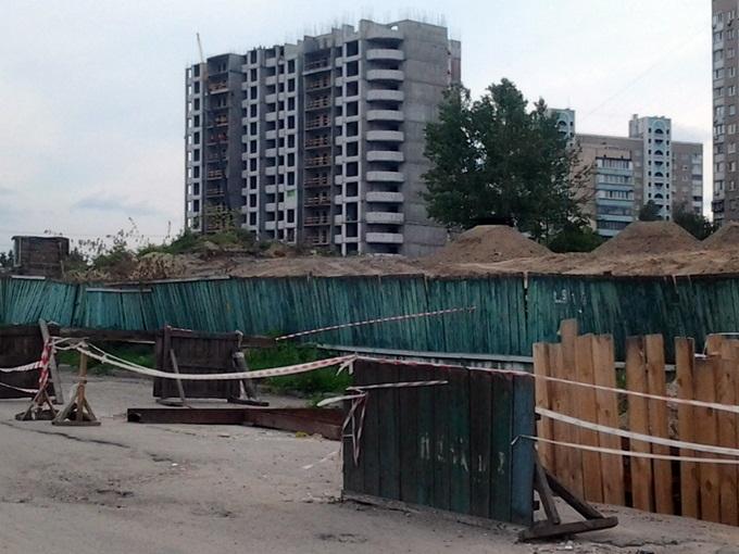 ЖК Фемили Таун - ЖК Тесла Хаус на ул. Дехтяревская комплекс сегодня