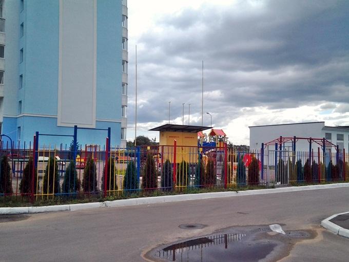 ЖК «Петропавловский Посад» в Петропавловской Борщаговке детская площадка