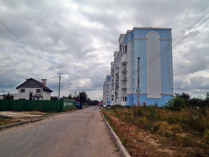 ЖК «Петропавловский Посад» в Петропавловской Борщаговке дорога к комплексу