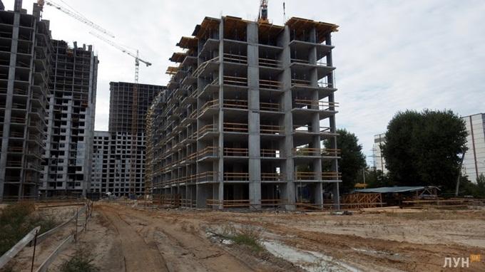 ЖК «Варшавский микрорайон» от Столица Групп ход строительства