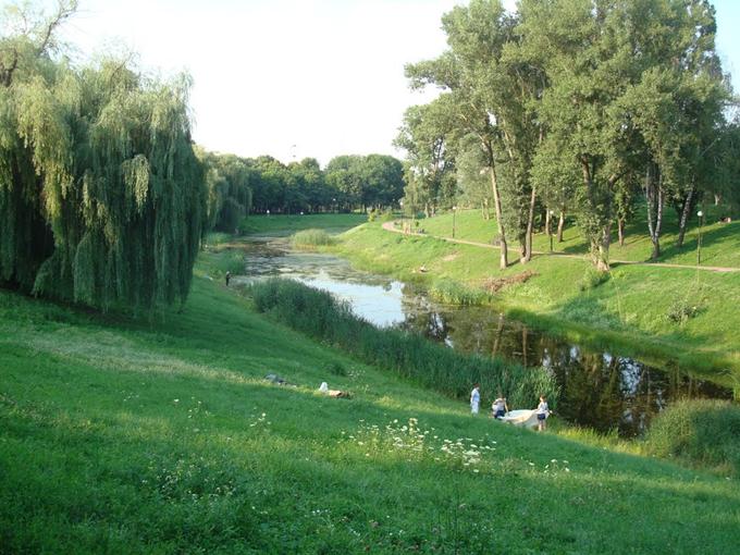 Новостройки возле парков Отрадный