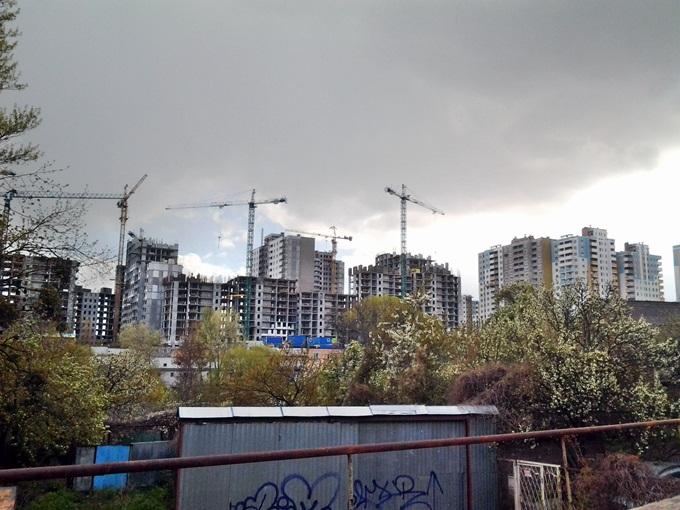 ЖК на Замковецкой-Новомостицкой вид хода строительства