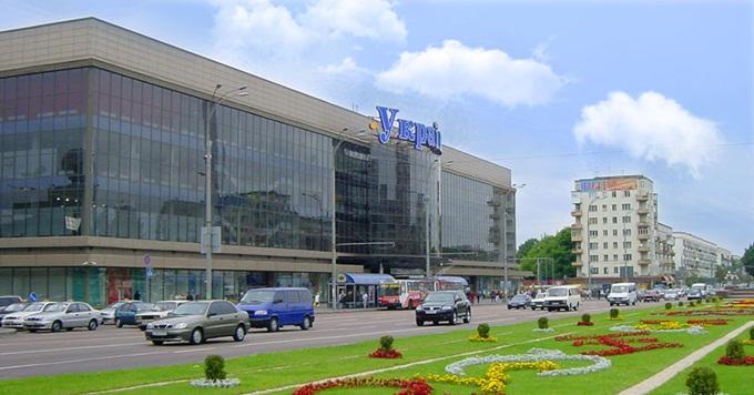 ЖК возле ТРЦ Украина