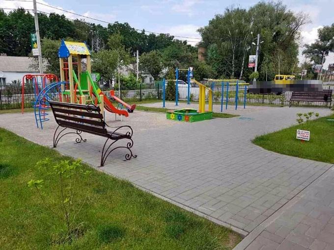 ЖК Черновола детская площадка