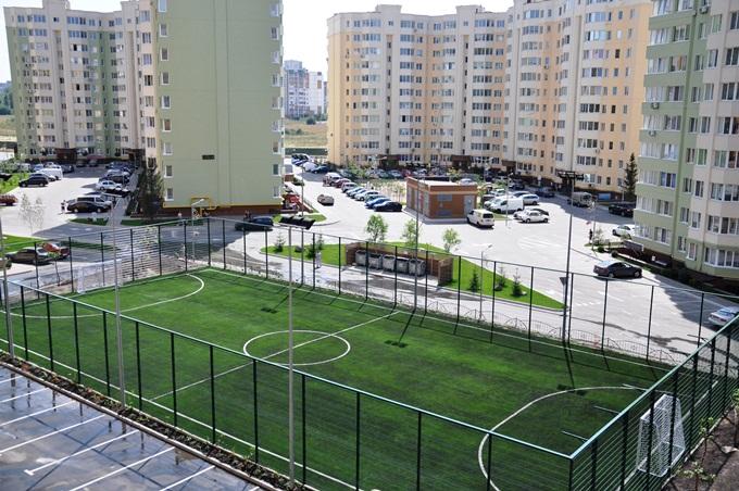 ЖК София в Софиевской Борщаговке поле для мини-футбола