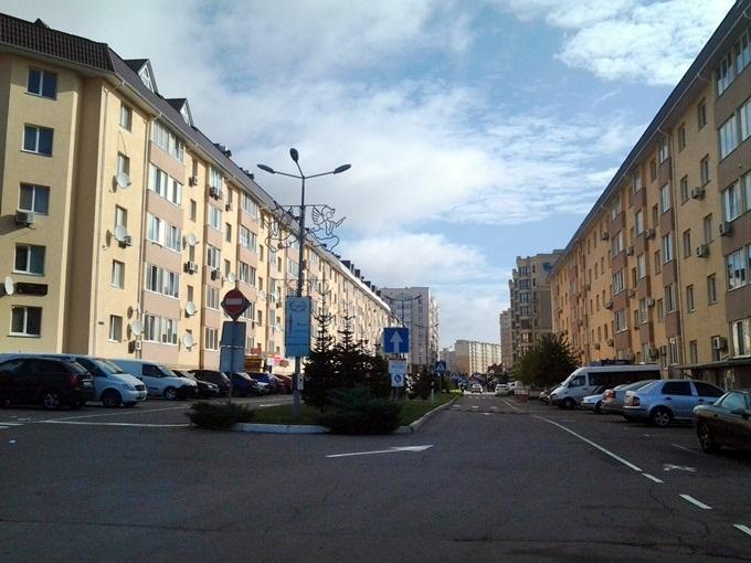 ЖК София в Софиевской Борщаговке вьезд