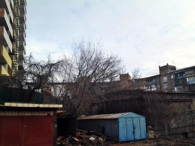 ЖК Голосеевский дворик гаражи