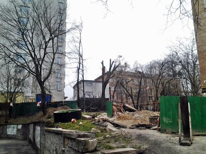 ЖК Голосеевский дворик коммуникации