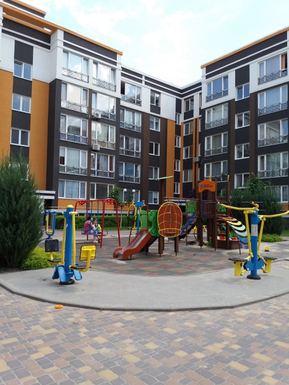 ЖК Фортуна 2 в Ирпене детская площадка