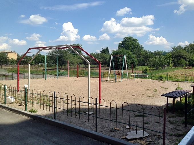 ЖК Петровский обновленный в Святопетровском детская площадка