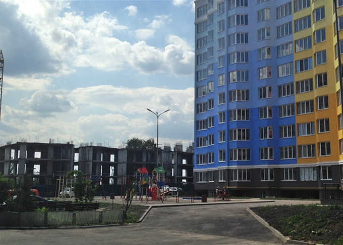 ЖК Петровский обновленный в Святопетровском недострой