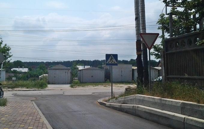 ЖК Киевские Зори в Вышгороде гаражи