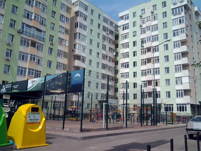 ЖК Киевские Зори в Вышгороде спортплощадка