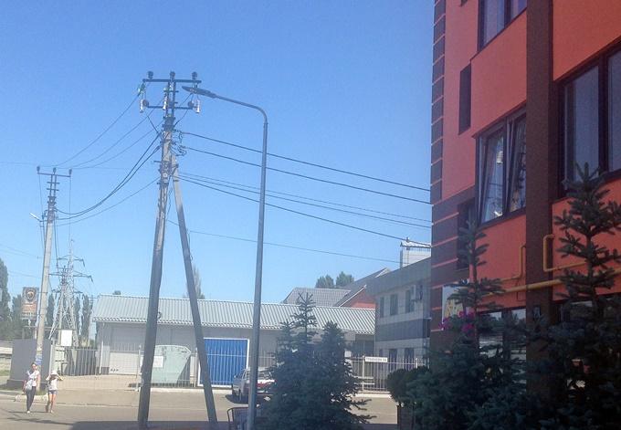 ЖК Волошковый в Софиевской Борщаговке ЛЭП