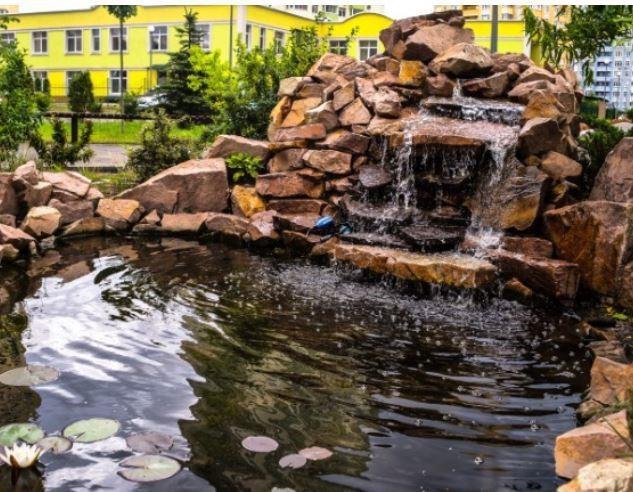 ЖК Парковые озера фонтан