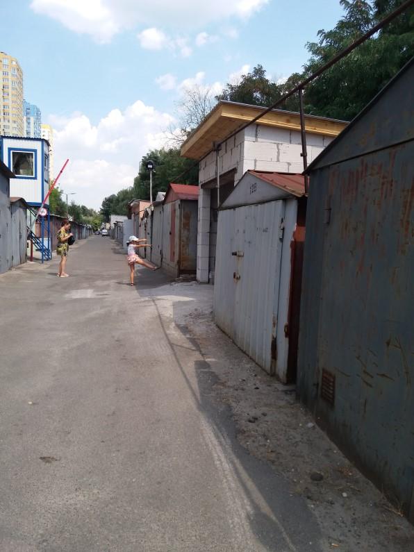 ЖК Парковые озера гаражи