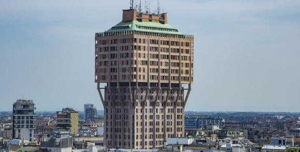 ТОП 5 некомфортных ЖК миланский небоскреб