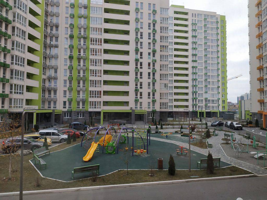 ЖК Нивки Парк от Интергал Буд двор и детская площадка