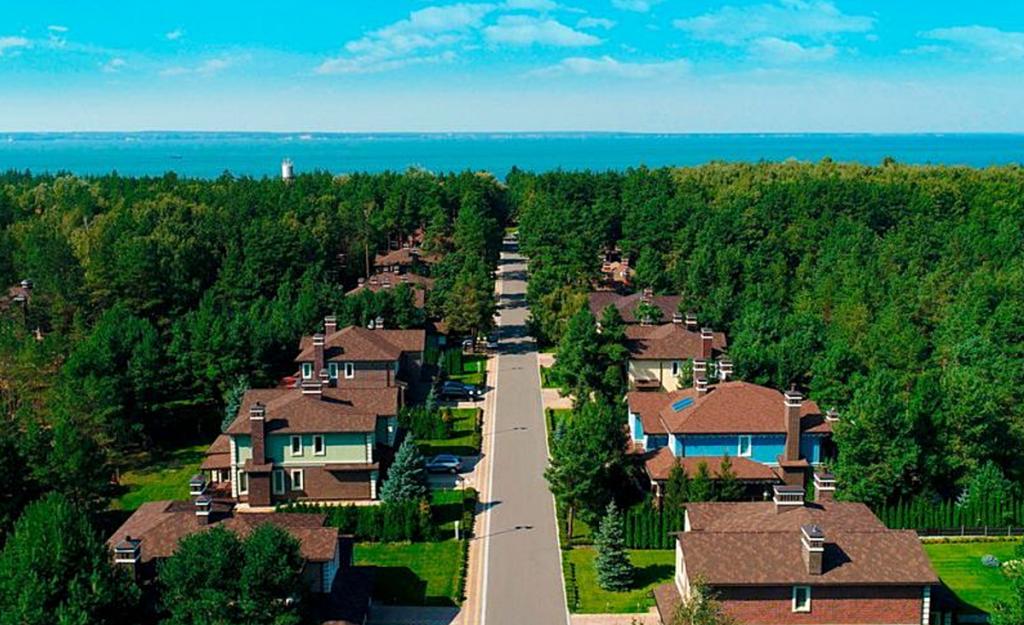 КГ Riviera Villas вид на городок с высоты