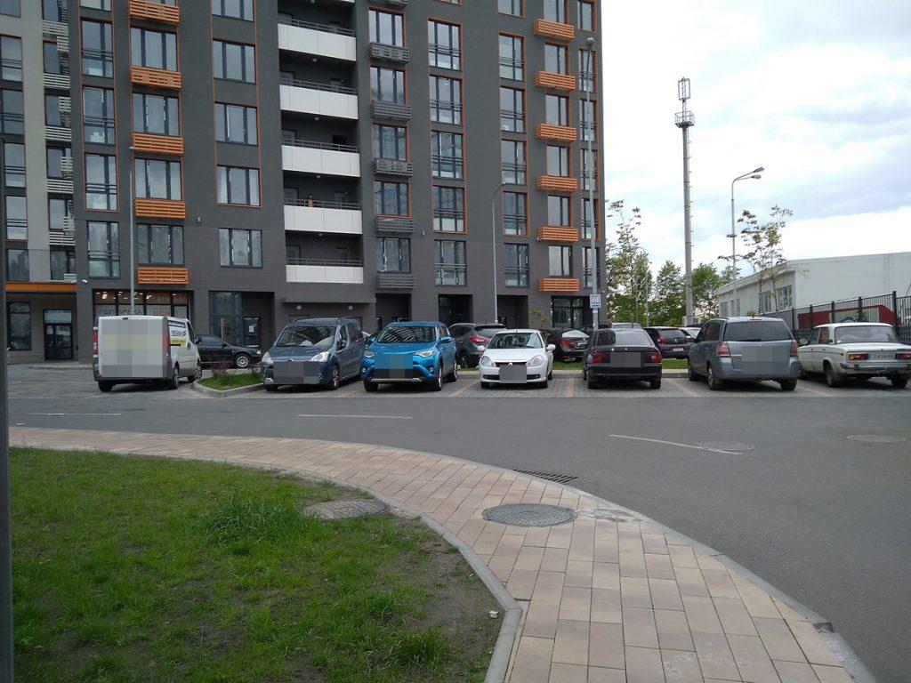 ЖК Seven наличие парковочных мест